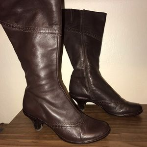 Beautiful comfortable classy boots!